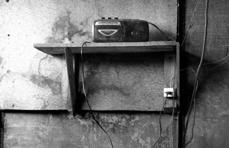 75 Radio antigua 75