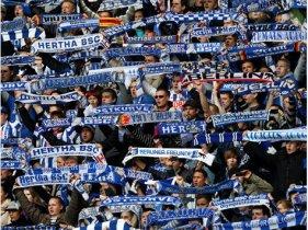 326401554-hertha-berlin-olympiastadion-fans.91