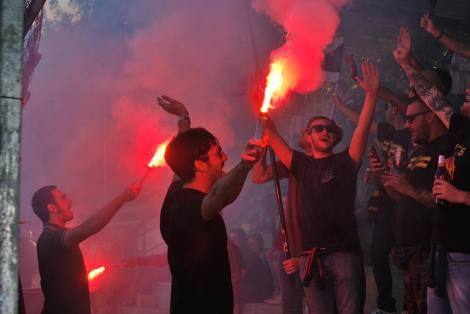 Tener aficionados así en la novena división del futbol italiano: algo único para los jugadores