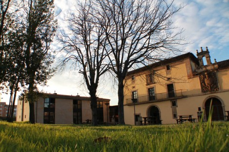 Palacio de San Andrés de Cornellana