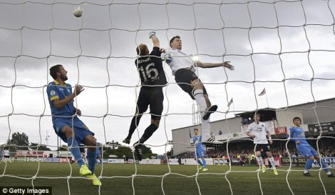 Dundalk vs BATE (vía Dailymail)